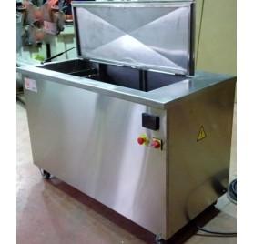 Máquina Lavar peças por Ultr-sons 2000 L
